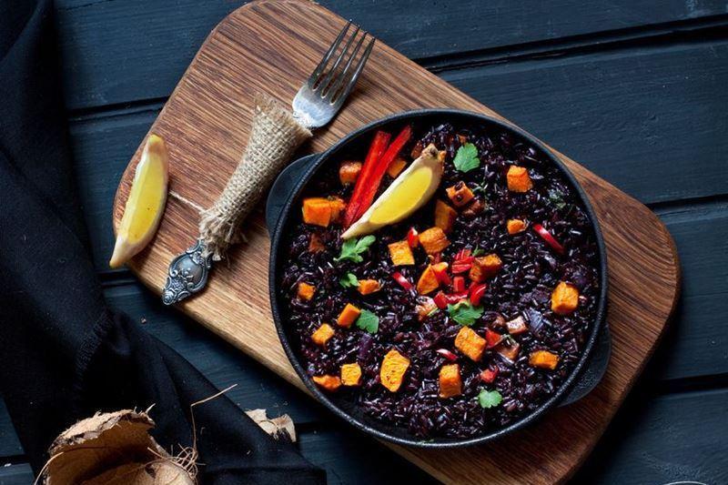 אורז האסור בליווי ירקות