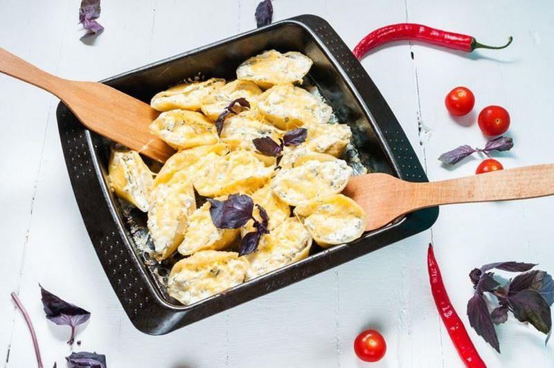 פסטה פאקרי במילוי גבינות קצ'קבל ופקוריניו